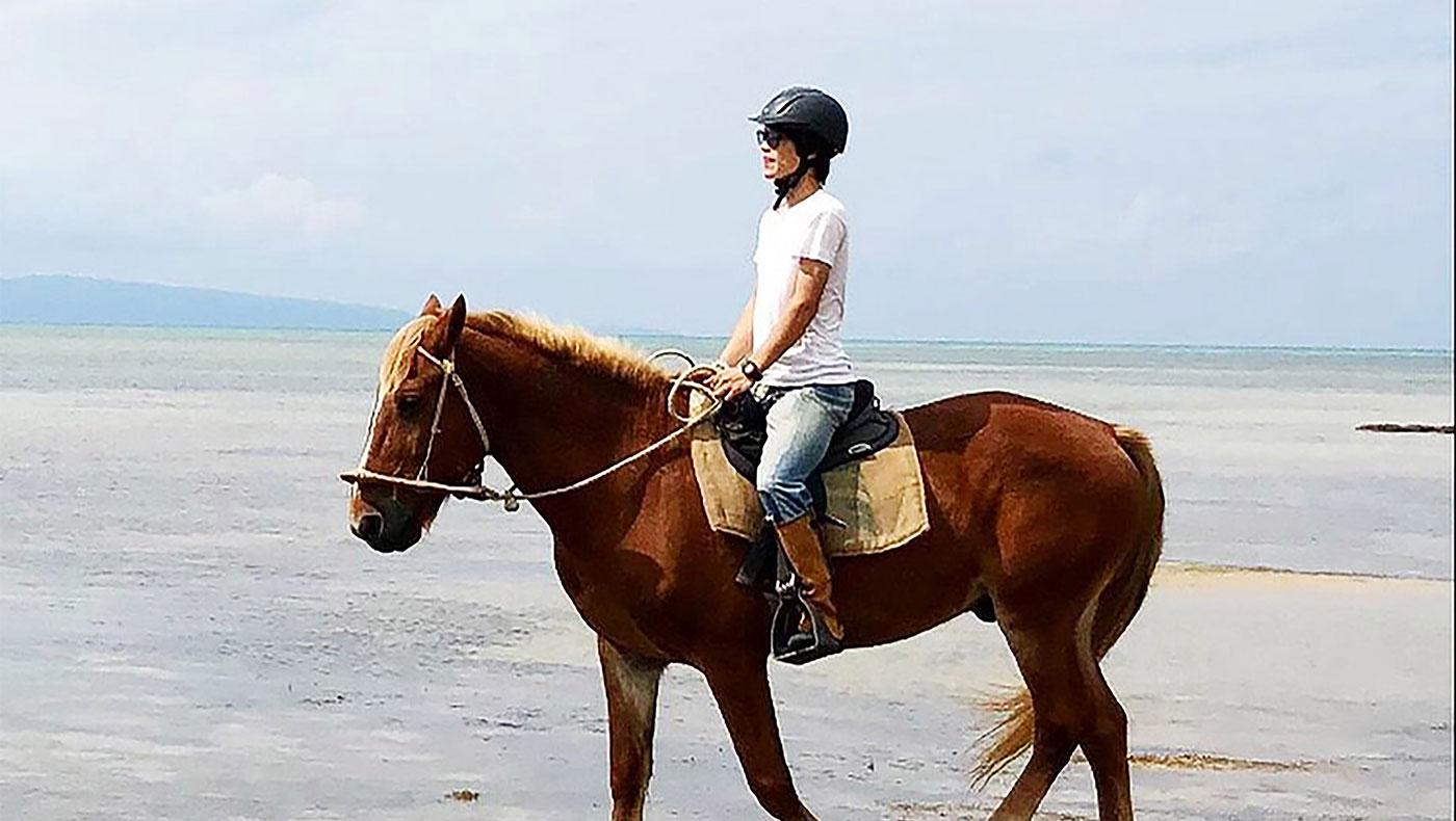 海の上の初乗馬